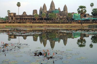 4K3480-Angkor Wat