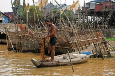 4K4082-Boeng Tonle Sab - Wioska naPalach