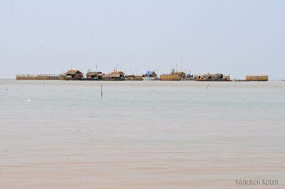 4K4125-Wioska nawodzie Boeng Tonle Sab
