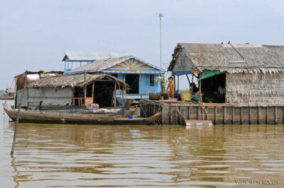 4K4150-Wioska nawodzie Boeng Tonle Sab