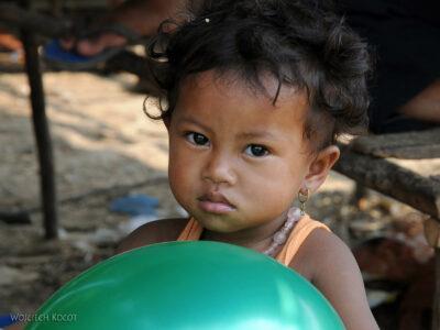 4K4238-Dzieci Boeng Tonle Sab