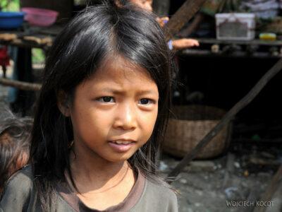 4K4254-Dzieci Boeng Tonle Sab