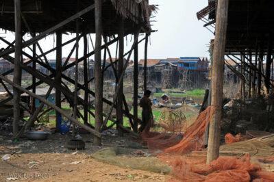 4K4255-Wioska napalach Boeng Tonle Sab