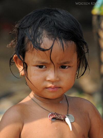 4K4259-Dzieci Boeng Tonle Sab