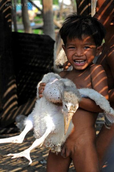 4K4273-Dzieci Boeng Tonle Sab