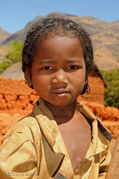 Ma23059-Portret dziewczynki