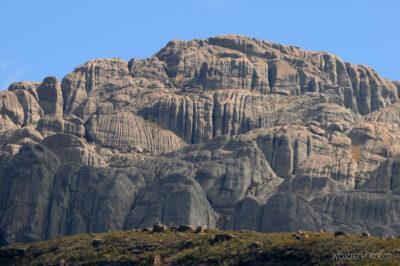 Ma21034-Góry wparku Andringitra