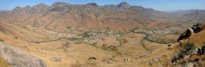 Ma23024-Dolina zpolami ryżowymi