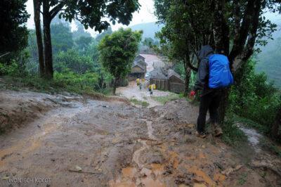 Ma06157-W wiosce Bongabe