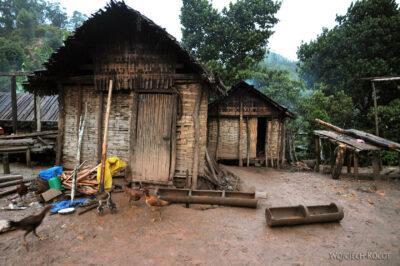 Ma06162-W wiosce Bongabe