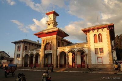 Ma19073-Dworzec kolejowy wAntsirabe
