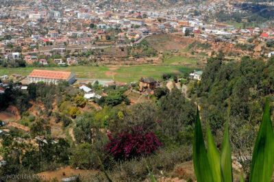 Ma20056-Fianarantsoa centrum - widok odzachodu