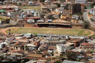 Ma20063-Fianarantsoa centrum - stadion