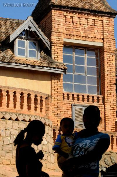Ma20115-Starówka Fianarantsoa - spacer ulicami