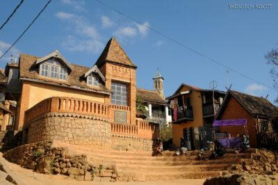 Ma20116-Starówka Fianarantsoa - budynki