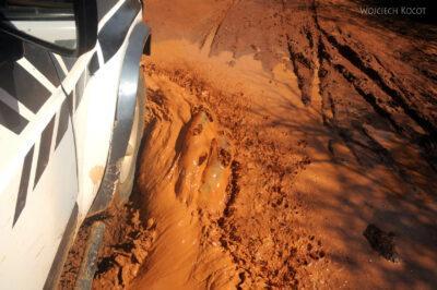 Ma17009-Droga doParku Tsingy