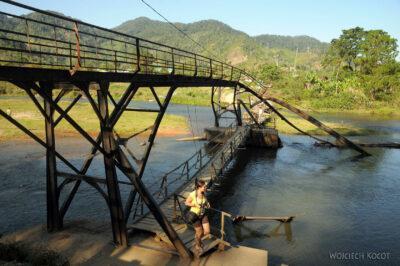 Ma24059-Most zniszczony przezpowódź