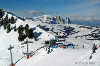 VG138-W-dali-Alpe-Di-Suissi.jpg