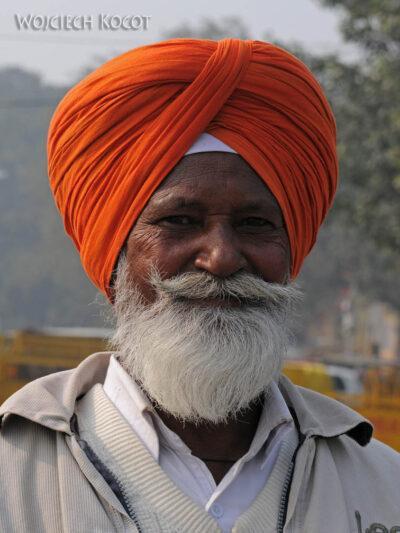IN02061-Delhi-Hindus