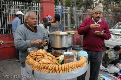 IN02124-Delhi-Uliczne żarcie