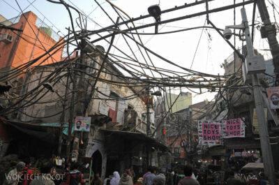 IN02158-Delhi-Koszmarne kablowisko