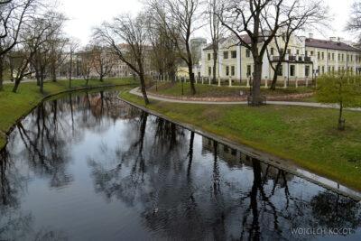 BałtD046-Ryga-w parku