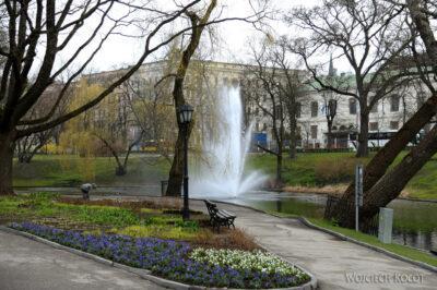 BałtD052-Ryga-w parku