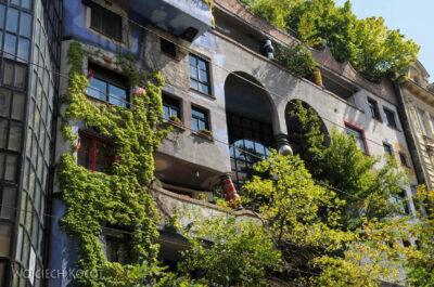 Por26048-Hundertwasser- Wien, Löwengasse