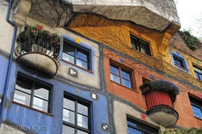Por26057-Hundertwasser- Wien, Löwengasse