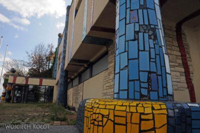 Por26069-Hundertwasser- Parking przy A2 wBad Fischau