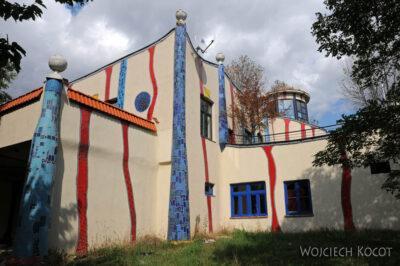 Por26073-Hundertwasser- Parking przy A2 wBad Fischau