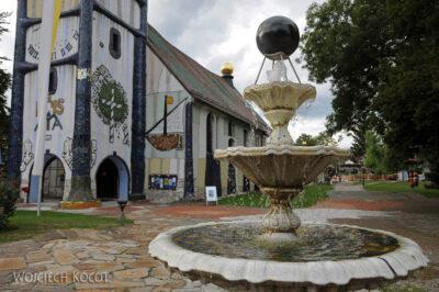 Por26080-Hundertwasser- Kościółek wBärnbach