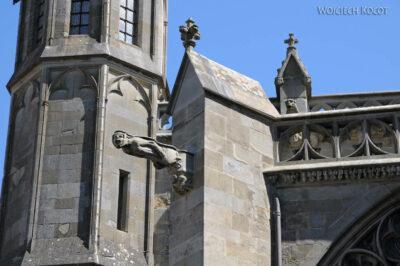 Por04015-Carcassone-Katedra