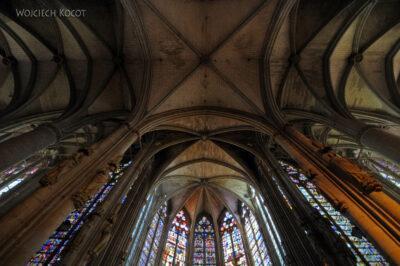 Por04022-Carcassone-Katedra