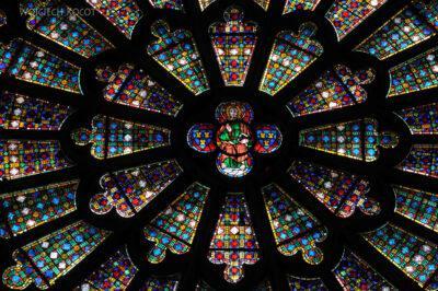 Por04027-Carcassone-Katedra-witraż