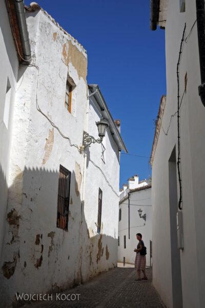 Por11064-Ronda-Na uliczkach