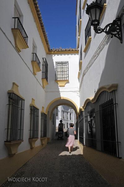Por11077-Ronda-Na uliczkach