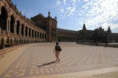 Por12010-Sevilla-Kwa naPlaza de Espana - tu Expo