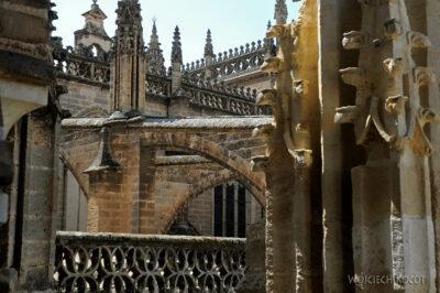 Por12122-Sevilla-Katedra - widoki podrodze nawieżę