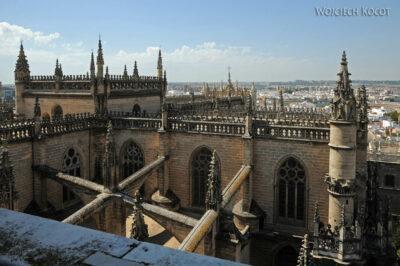 Por12128-Sevilla-Katedra - widoki podrodze nawieżę
