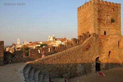 Por12205-Na zamku Monsaraz