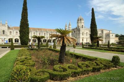 Por14107-Lizbona - Park przedMosteiro dos Jerónimos