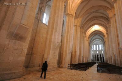 Por16014-Alcobaca - Klasztor - wnętrze