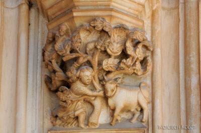 Por16093-Batalha - Klasztor - detala architektoniczne