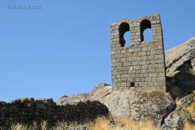 Por17075-Monsanto - Ruiny Kościółka nagórze