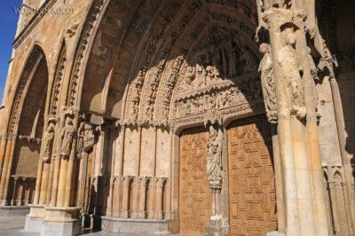 Por20082-Leon - Katedra - wejście główne