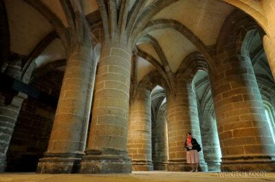Por22054-Saint-Michel - Krypta podPrezbiterium
