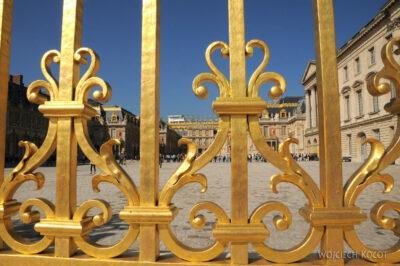 Por24009-Wersal - PrzezPałacową Bramę