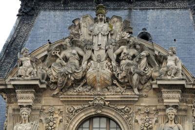 Por23024-Paryż - Luwr - detale architektoniczne
