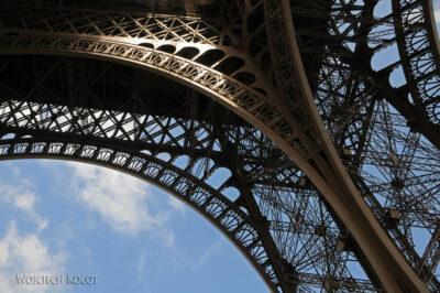 Por23101-Paryż - Wieża Eifla - detale
